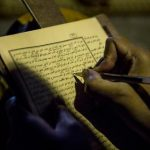 Santri dan Tradisi: Potret Keberagamaan Otentik di Indonesia